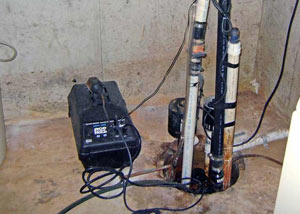 Pedestal sump pump system installed in a home in Mankato
